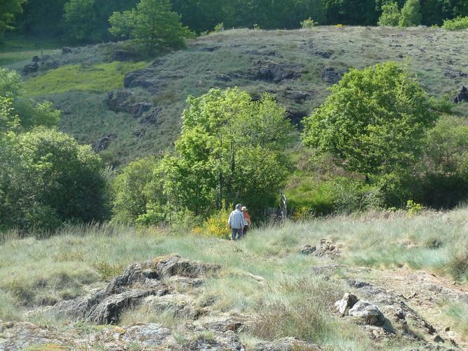 Sentier de la serpentine la roche l 39 abeille office de tourisme du pays de st yrieix - Office de tourisme saint yrieix la perche ...