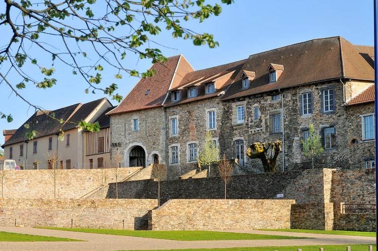 La maison du patrimoine saint yrieix la perche office de tourisme du pays de st yrieix - Office de tourisme saint yrieix la perche ...